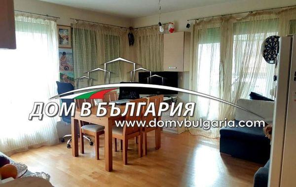 тристаен апартамент варна qp3qfkp4