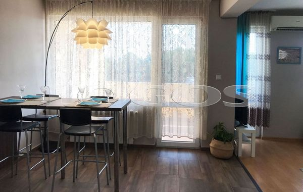 тристаен апартамент варна qr3cms7m