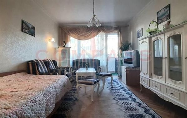 тристаен апартамент варна qsx63rag