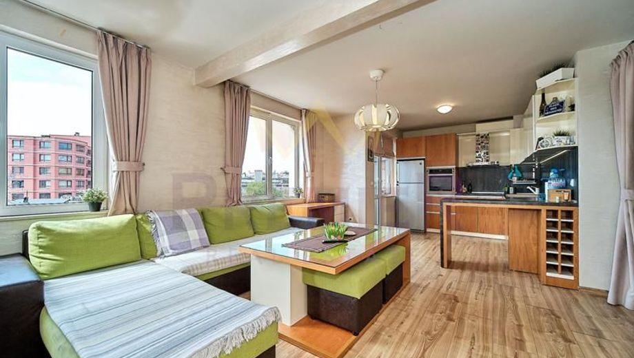 тристаен апартамент варна qtpk8lew