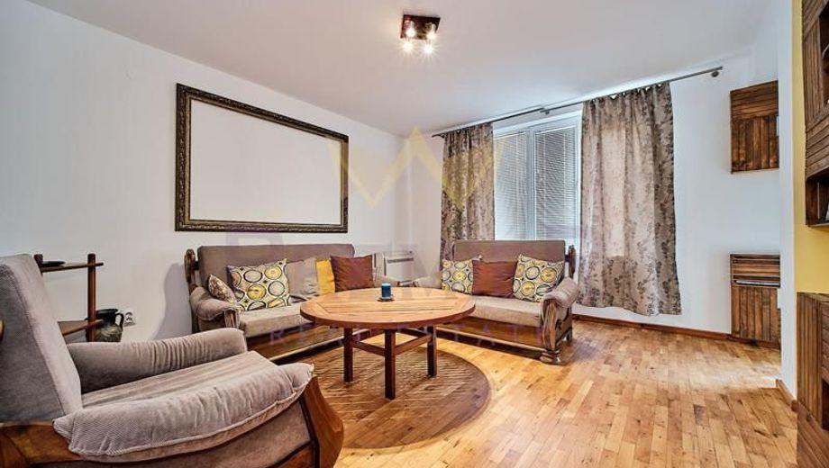 тристаен апартамент варна qx18lb88