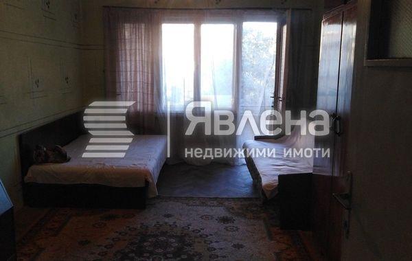 тристаен апартамент варна r3kqqts4