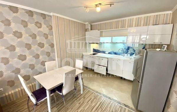 тристаен апартамент варна rm83tyd1