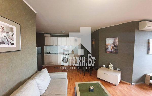 тристаен апартамент варна rr7qq18k