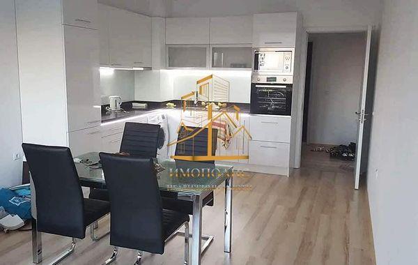 тристаен апартамент варна ru25df8v