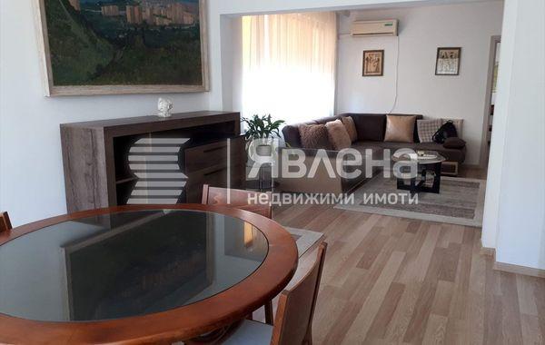 тристаен апартамент варна s1k68fwv