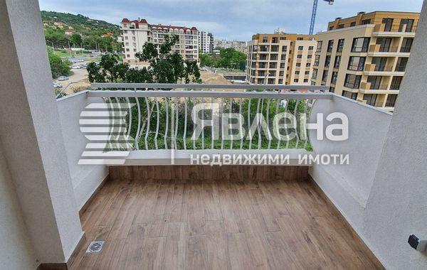 тристаен апартамент варна sevj4lmc