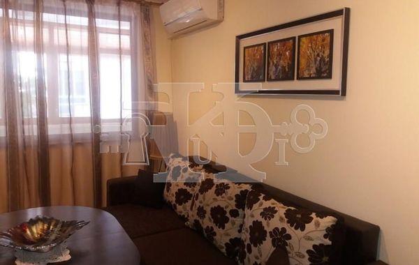 тристаен апартамент варна sjhesnee