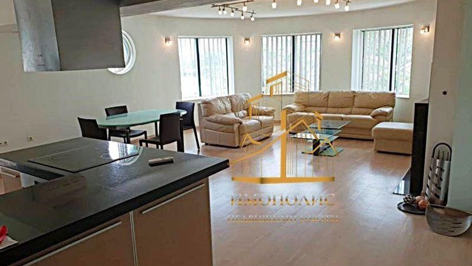 тристаен апартамент варна sl6hefra