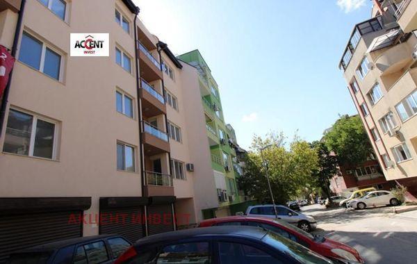 тристаен апартамент варна srbkxy74
