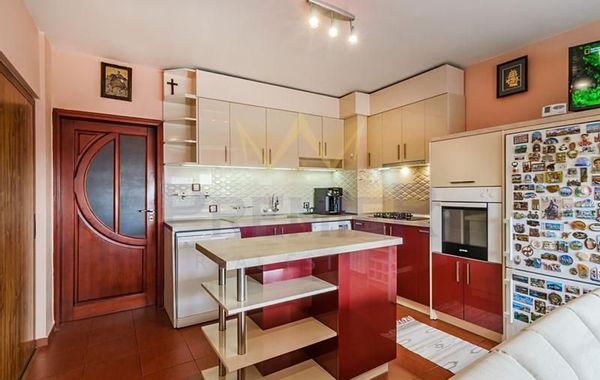 тристаен апартамент варна t594t2js