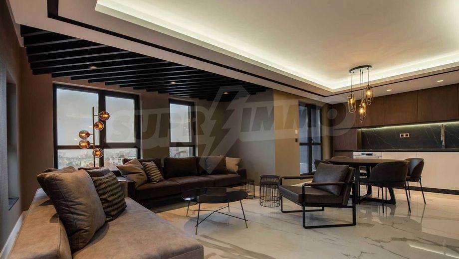 тристаен апартамент варна tcduv4tg
