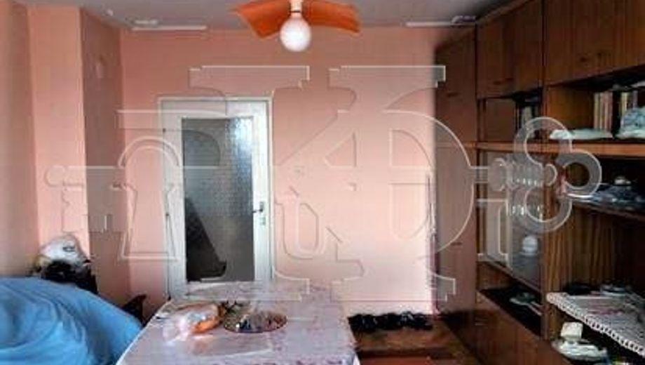 тристаен апартамент варна tl1u2mw8