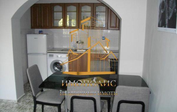 тристаен апартамент варна tvdg64gd