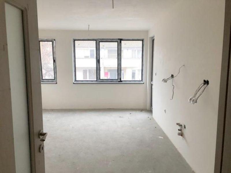 тристаен апартамент варна tynn36xx