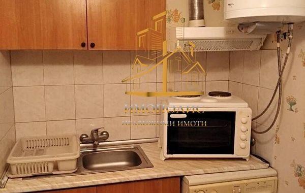 тристаен апартамент варна u12al7br