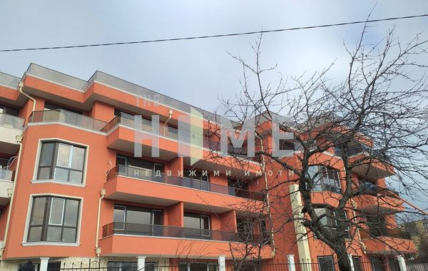 тристаен апартамент варна u26ag2l8