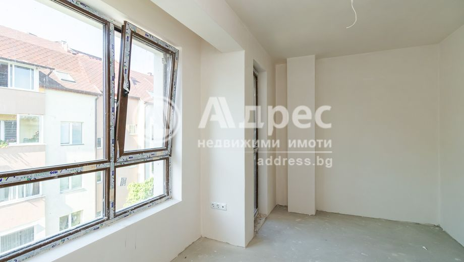 тристаен апартамент варна u59dhah5