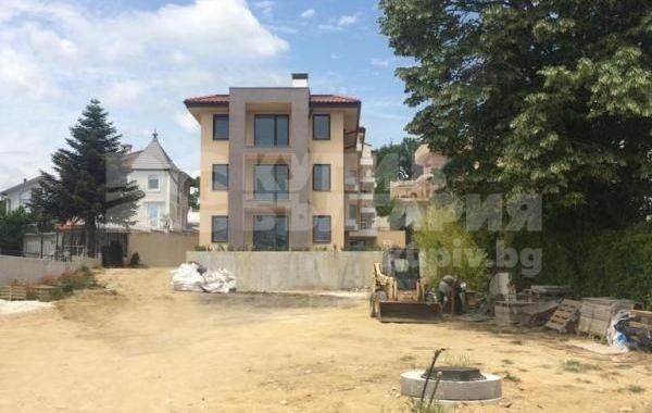 тристаен апартамент варна u88rq1by