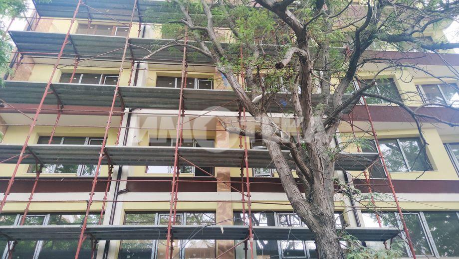 тристаен апартамент варна ubjx69jg