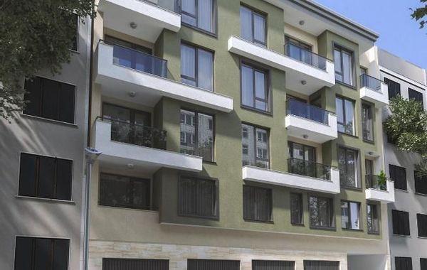 тристаен апартамент варна uqb3h7ud