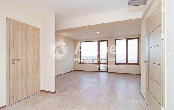 тристаен апартамент варна uw3by5kd