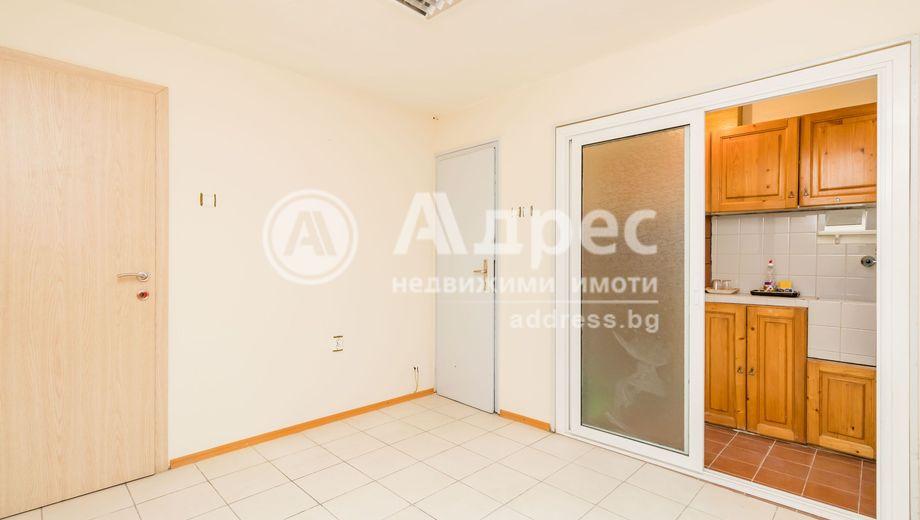 тристаен апартамент варна v3nnxum2