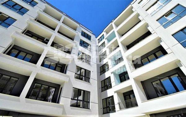 тристаен апартамент варна v7t6tpgl