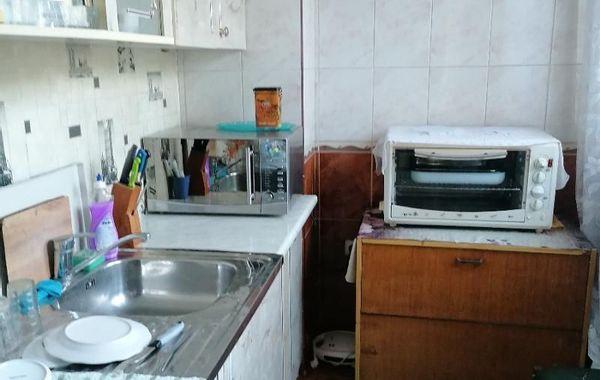 тристаен апартамент варна vav77953