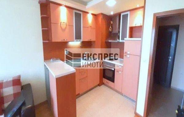 тристаен апартамент варна vew2xt6u