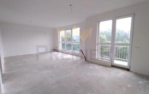 тристаен апартамент варна vr72a883