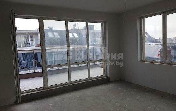тристаен апартамент варна vw3286lh