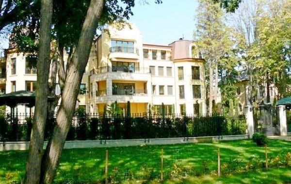 тристаен апартамент варна wc6dt5p4