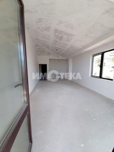 тристаен апартамент варна wgmxxt3a
