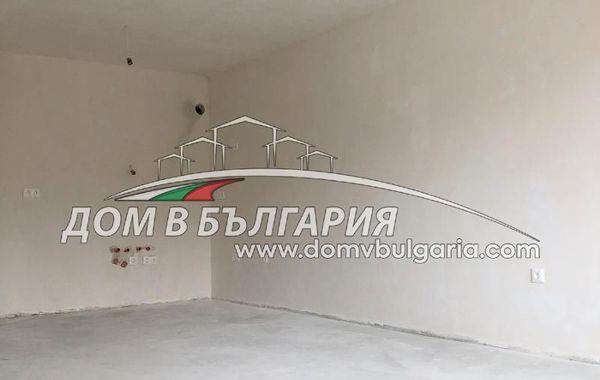 тристаен апартамент варна x9blpxju