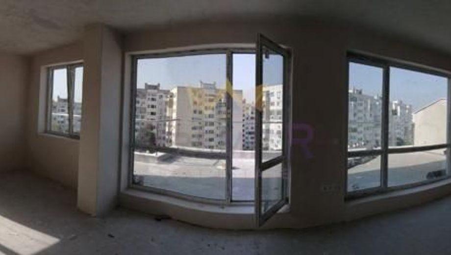 тристаен апартамент варна xc6khe3h