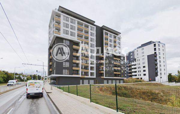 тристаен апартамент варна xdv5urh7