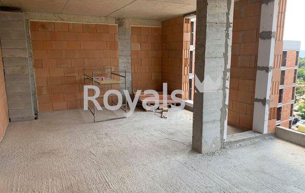 тристаен апартамент варна xj6x26j1