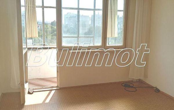 тристаен апартамент варна xnq8kj3l