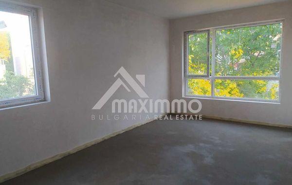 тристаен апартамент варна xv6p4xnm