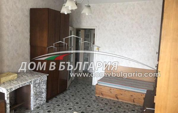 тристаен апартамент варна xv8y638m
