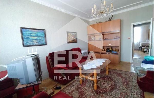 тристаен апартамент варна xvjywyw6