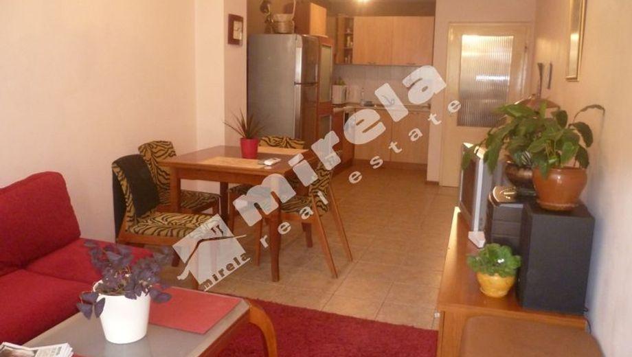 тристаен апартамент варна xw324jvh