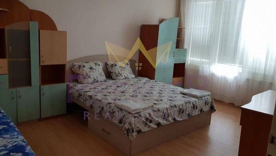 тристаен апартамент варна y3b3qs28