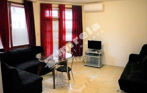 тристаен апартамент варна ydussh2j