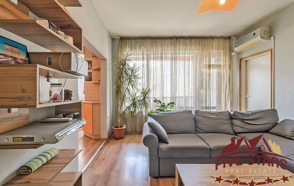 тристаен апартамент варна yf51lnpw