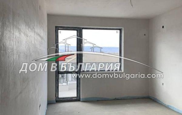 тристаен апартамент варна ys1k78cv