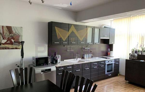 тристаен апартамент варна yt2vv858