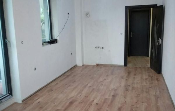 тристаен апартамент велико търново 29kwacgu