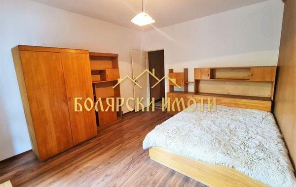 тристаен апартамент велико търново 3p4a42cq